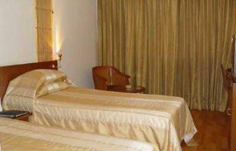 Ramee Guestline Hotel Bangalore - Room - 6