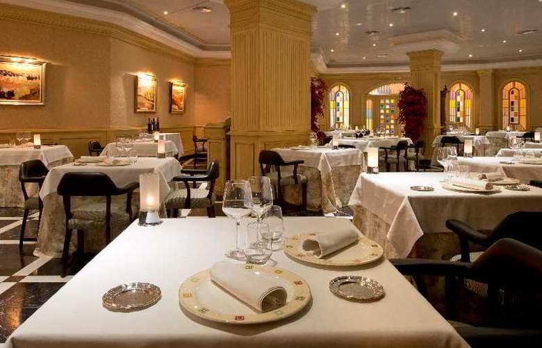 IPV Palace & Spa - Restaurant - 7