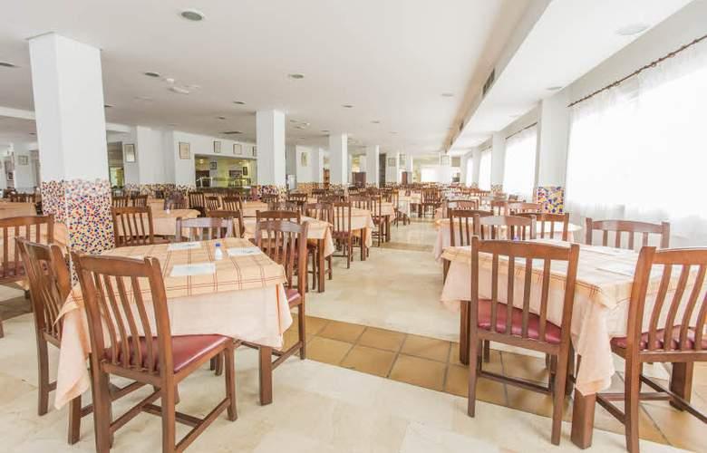 Tres Anclas - Restaurant - 51