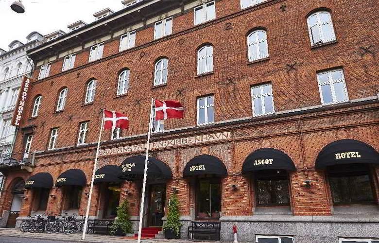 Ascot Hotel &Spa - Hotel - 5