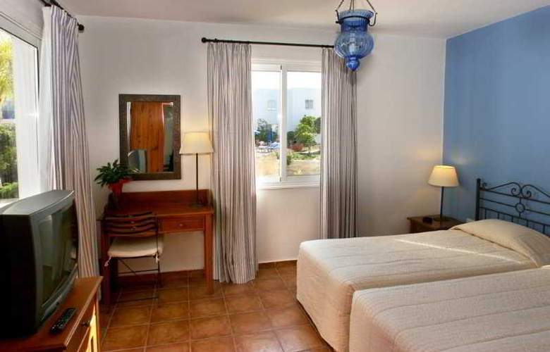 Aliathon Holiday Village - Room - 2