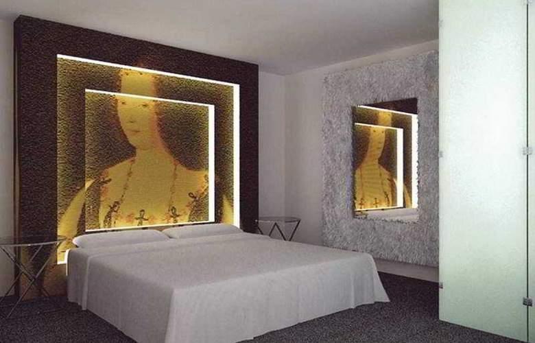 Room Mate Laura - Room - 4