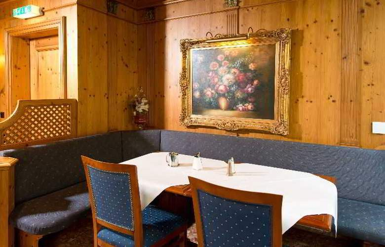 King's Center - Restaurant - 3