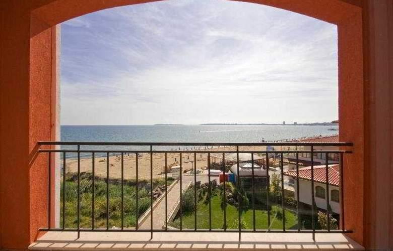 Carina Beach - Beach - 5