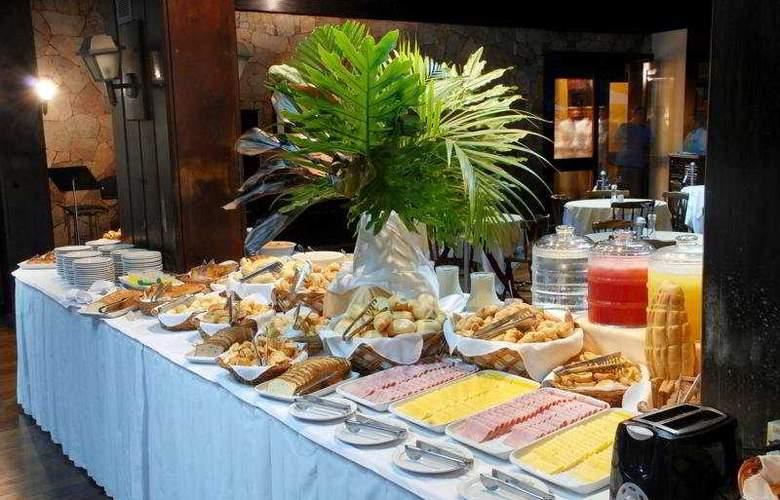 San Martin Hotel & Resort - Restaurant - 7