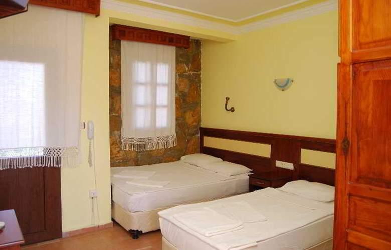 Eris Hotel - Room - 1