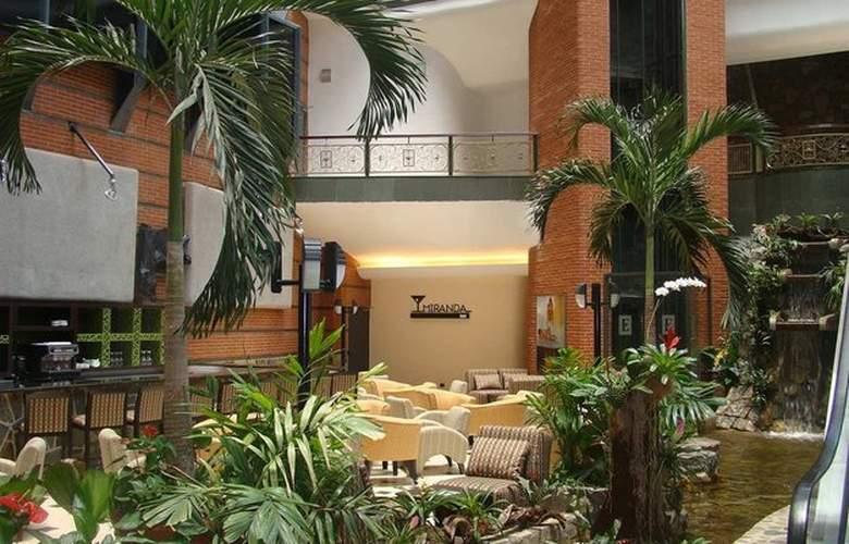 Embassy Suites Valencia - General - 6