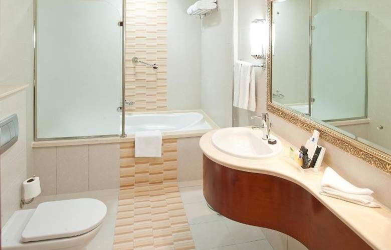 Holiday Inn Bur Dubai - Embassy District - Room - 11