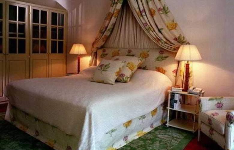 Villa Nova - Room - 9