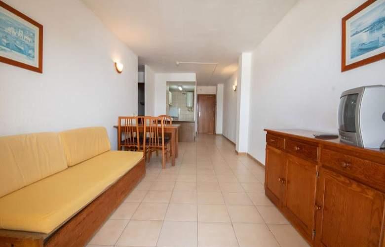 Almonsa Playa - Room - 14