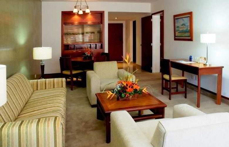 Crowne Plaza Tequendama Suites - Room - 11