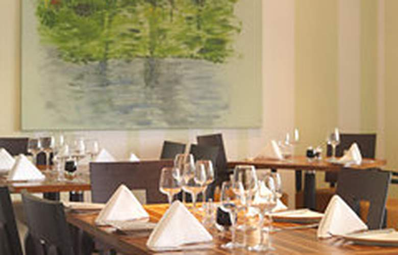 Cork International Airport Hotel - Restaurant - 11