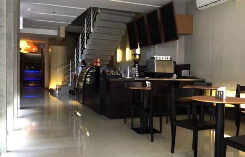 Cuarto Hotel - Restaurant - 2