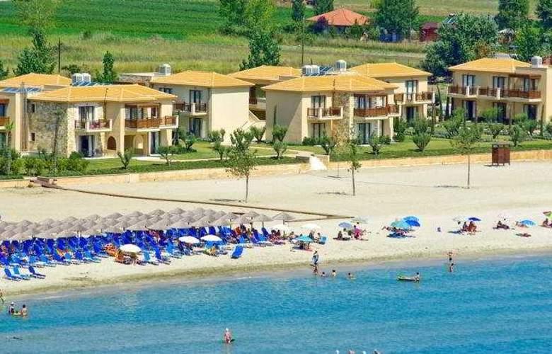 Mediterranean Village - Beach - 10