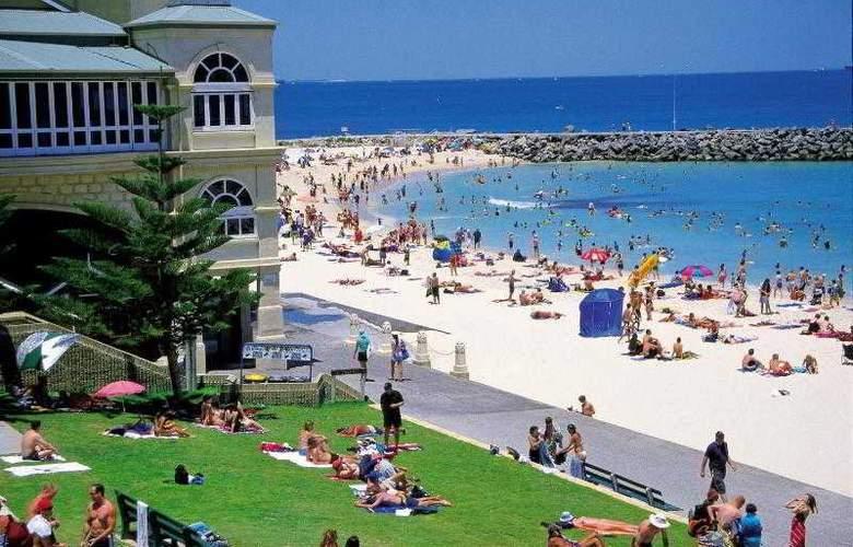 Pan Pacific Perth - Beach - 29