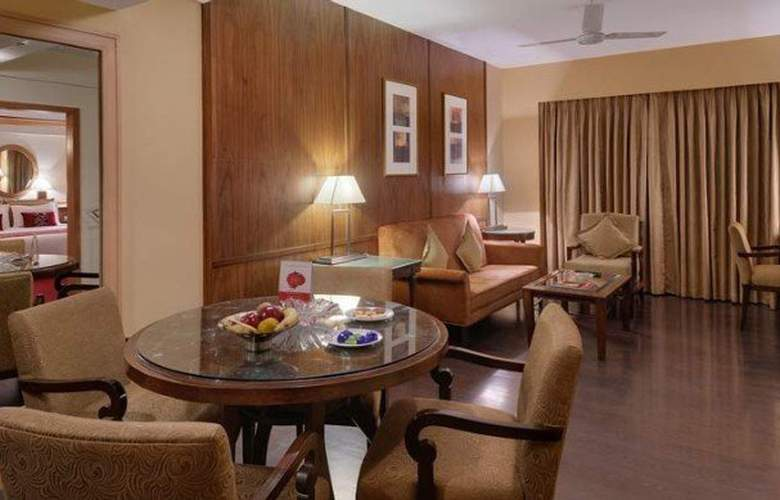The Pride Ahmedabad - Room - 9