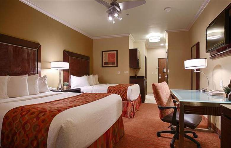 Best Western Plus Christopher Inn & Suites - Room - 179