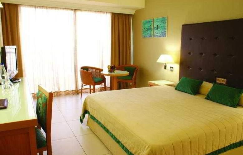 Sunrise Beach Hotel - Room - 2