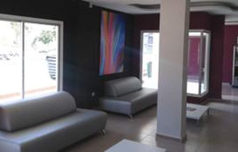Apartamentos las Gacelas - Hotel - 7