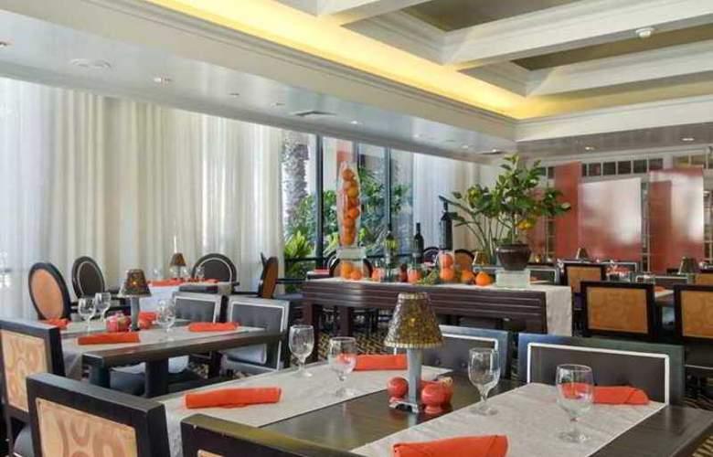 Hilton St. Petersburg Bayfront - Hotel - 5