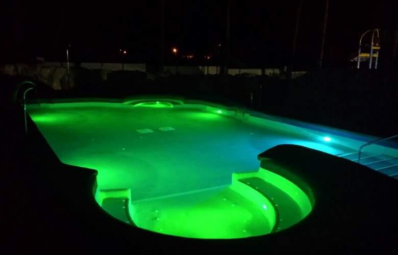 Roc Marbella Park - Pool - 10