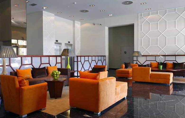 Holiday Inn Madrid Las Tablas - General - 1