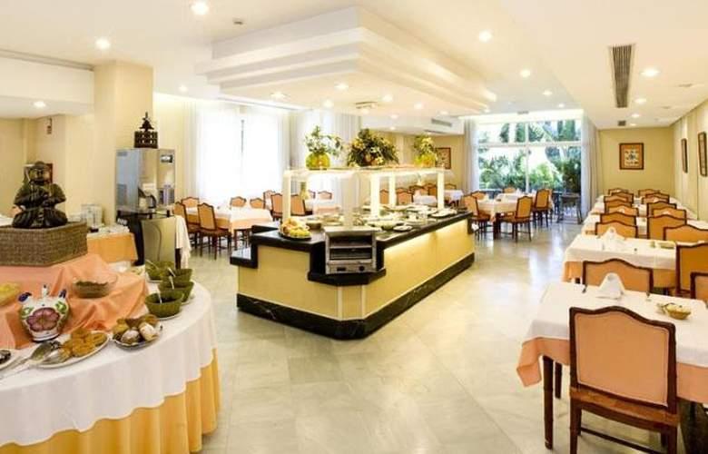Monarque Sultan Aparthotel - Restaurant - 33