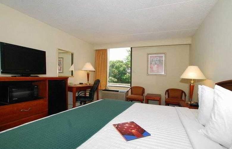Best Western Hotel & Suites - Hotel - 13