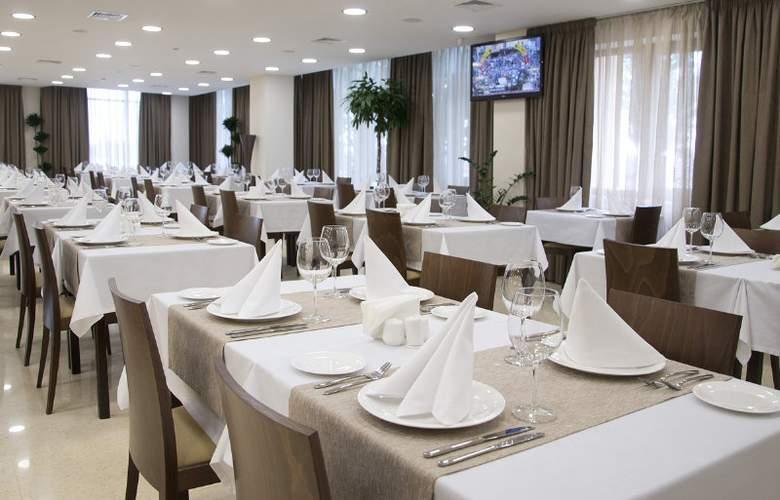 OVIS hotel - Restaurant - 4