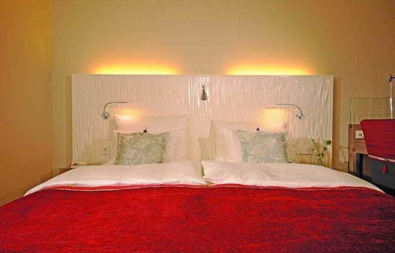 Best Western Premier Victoria - Hotel - 4