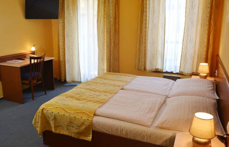 Aparthotel Austria Suites - Room - 7