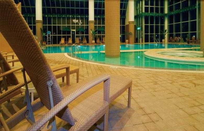 Laguna Garden - Pool - 2