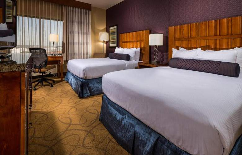 DoubleTree by Hilton Carson - Room - 11