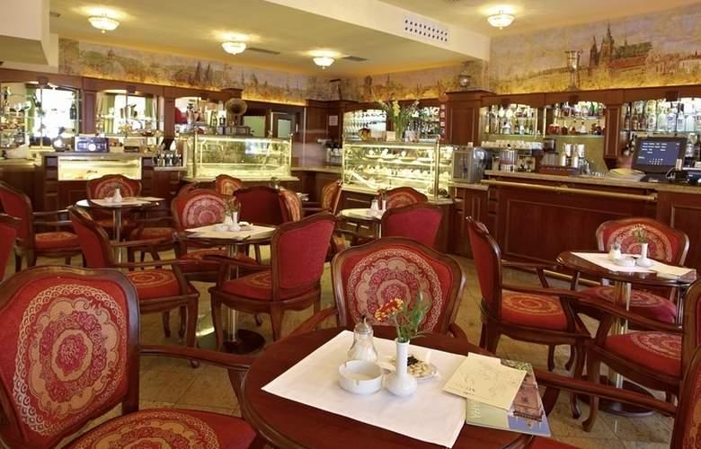 Grand Hotel Praha - Bar - 0