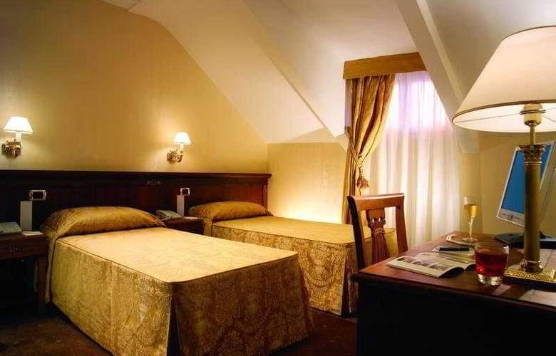 Hosianum Palace - Room - 5