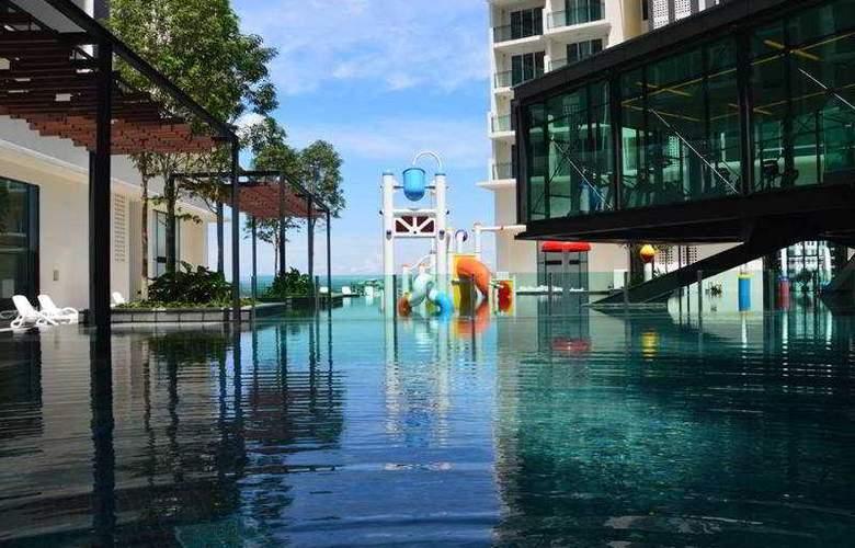 Swiss-Garden Hotel & Residence Malacca - Pool - 2