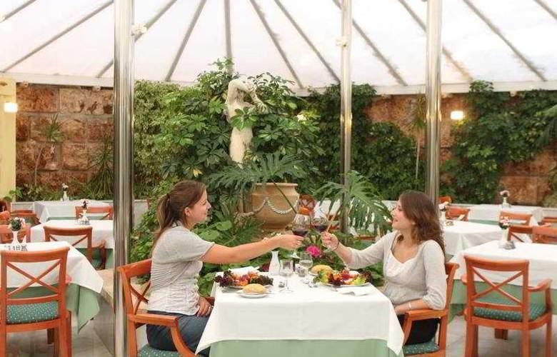 HSM Madrigal - Restaurant - 7