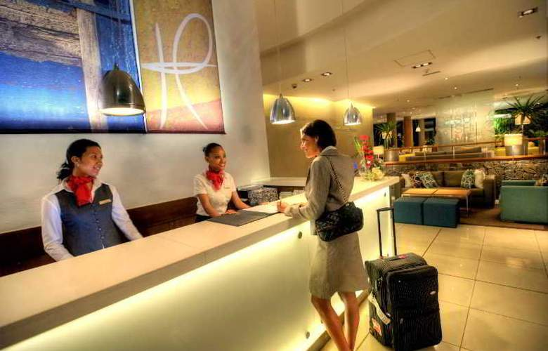 Hennessy Park Hotel - General - 2