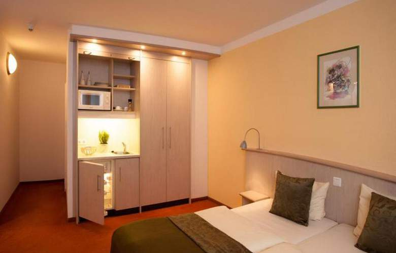 Panorama Inn Hotel und Boardinghaus - Room - 2