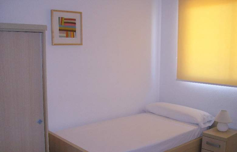 Apartamentos Costamar - Room - 0
