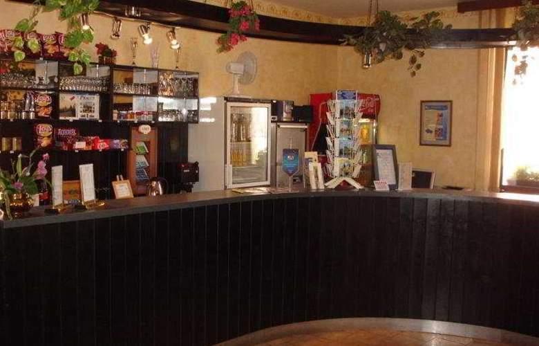 Jasmin - Bar - 9