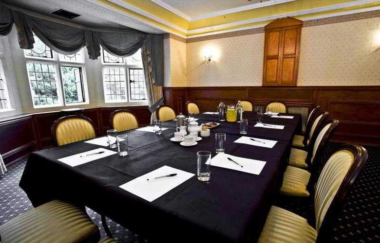 Maes Manor Country Hotel - Conference - 6