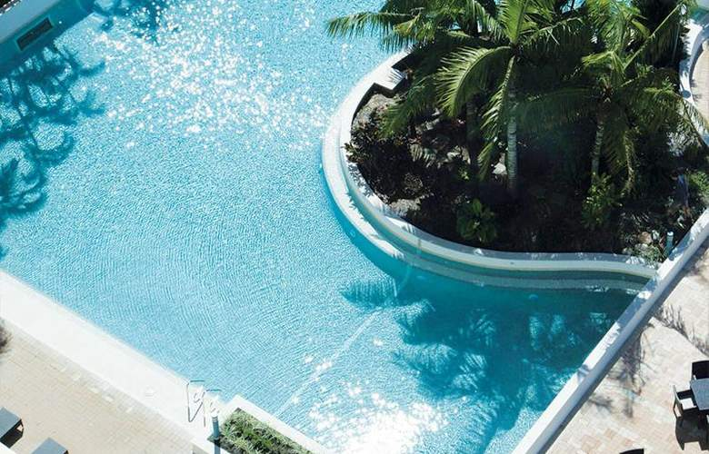 Jupiters Townsville Hotel and Casino - Pool - 5