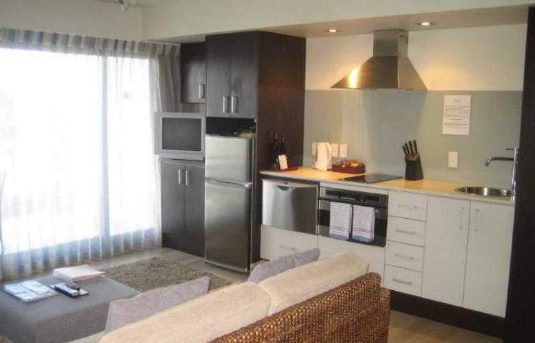 Sea Spray Suites - Hotel - 3