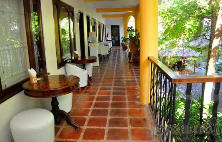 Escondido Resort under J.A.L Management - Terrace - 2