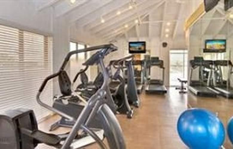 Wyndham Garden Hotel - Sport - 9
