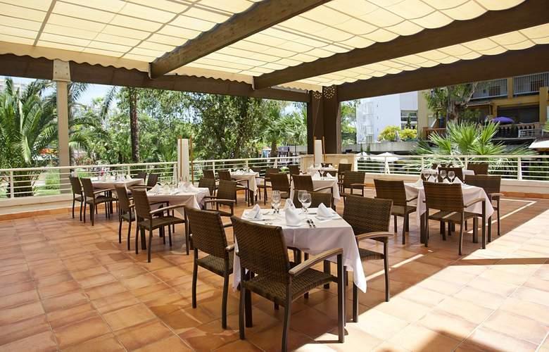 Fergus Bermudas - Restaurant - 5