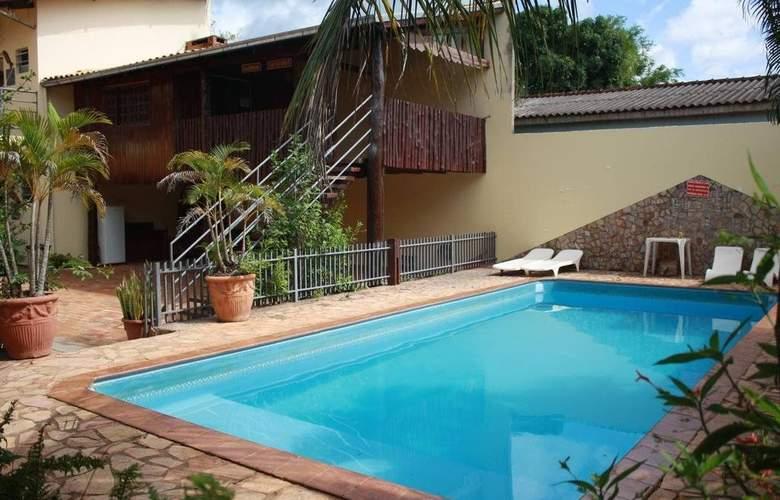 Refugio - Pool - 2