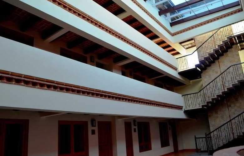 Plaza Magnolias - Hotel - 0
