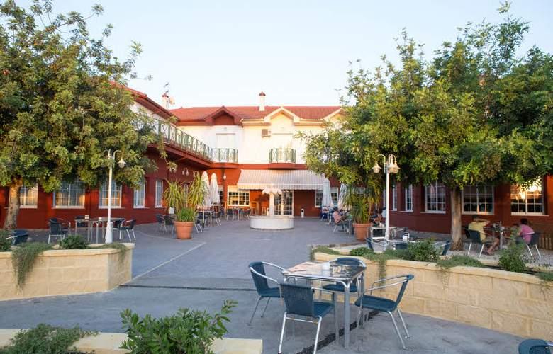 Mitra - Hotel - 0